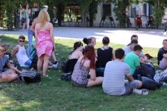Gruppenbild_Schüler_Wiese